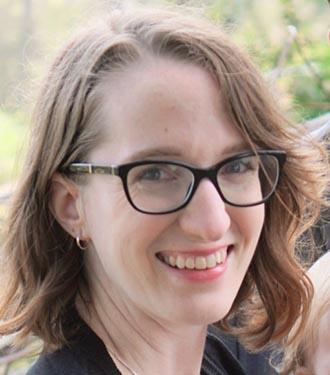 Profile image of professor Rebecca Arctovitch